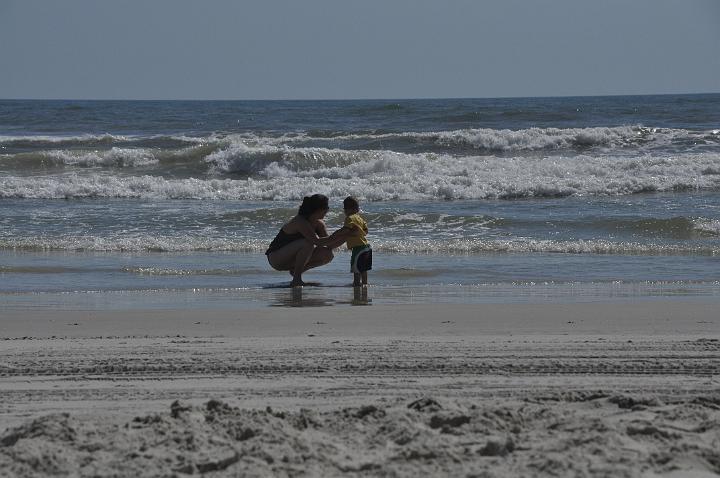 E & Jackson - his first feel of the ocean