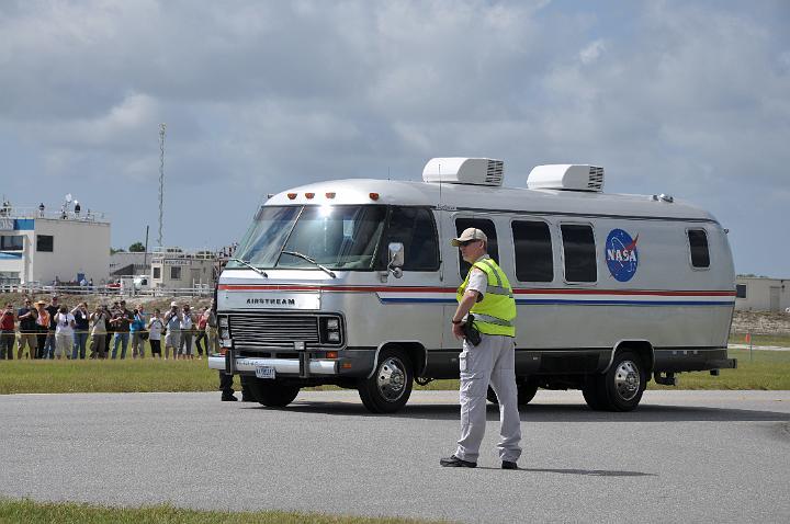 Astronaut Van to Pad